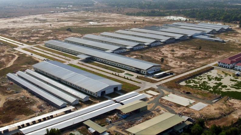 クアンテック社カンボジア工場