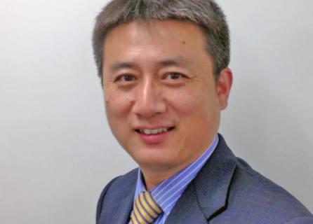 JIYA 社の総経理 (General Manager) Charles Wang 氏